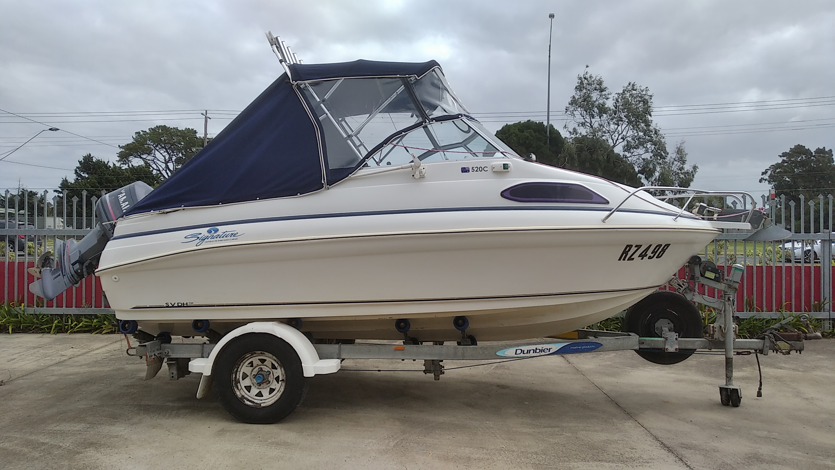 Haines Signature 520C Boat for Sale